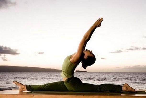 Η Yoga και οι διατάσεις σύμμαχος κατά του πόνου στη μέση