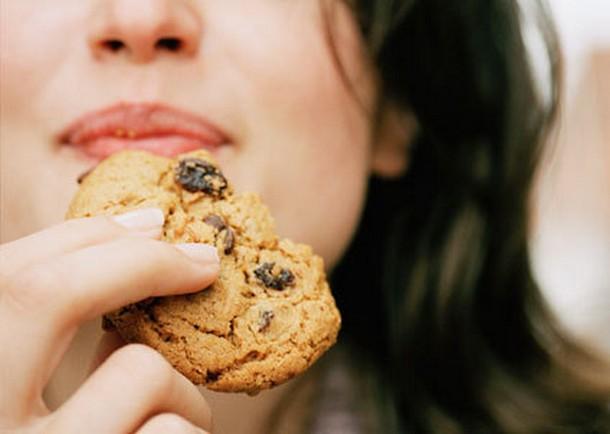 Έξι τρόποι για να αποφύγετε να φάτε περισσότερο