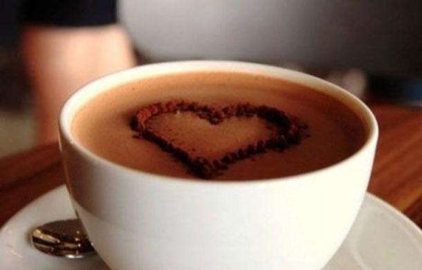 5 εύκολες συνταγές για να απολαύσεις τη ζεστή σοκολάτα σου (4)