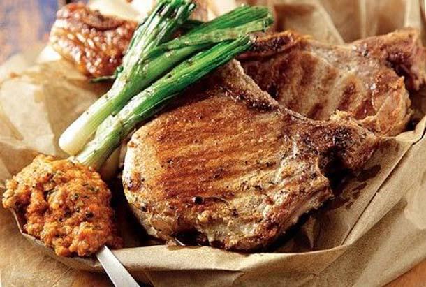 5 συνταγές που θα κάνουν τις μπριζόλες σου ζουμερές και πεντανόστιμες (2)