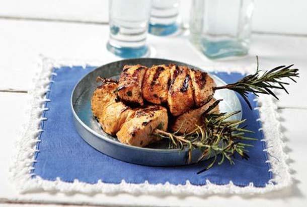 7 συνταγές που θα κάνουν το κοτόπουλο που μαγειρεύεις πιο ενδιαφέρον (1)