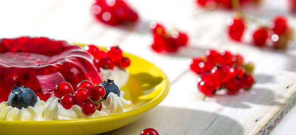 Συνταγές για καλοκαιρινά γλυκά με ζελέ (1)