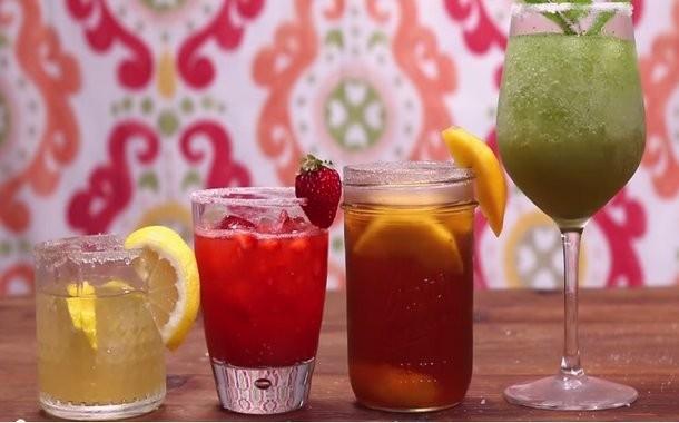 4 cocktails με ουίσκι που πρέπει να δοκιμάσετε αυτό το καλοκαίρι