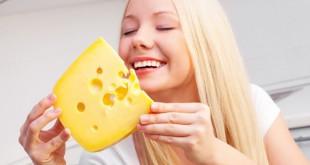 15 πράγματα που μόνο οι λάτρεις του τυριού μπορούν να καταλάβουν