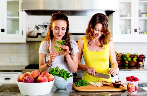 9 tips για να χάσετε κιλά χωρίς κάποια δίαιτα